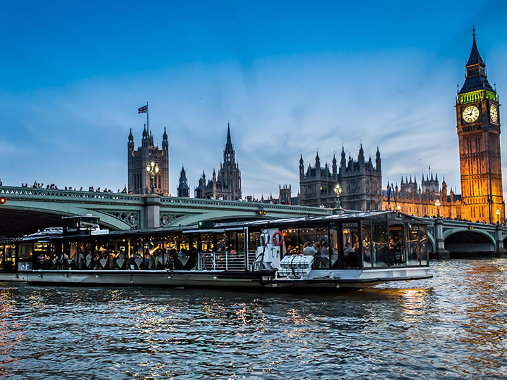 Thames Cruise with Three Course Dinner for Two